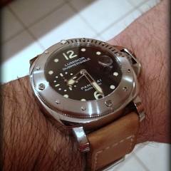 panerai 25 sur bracelet montre cuir canotage modèle kalliste