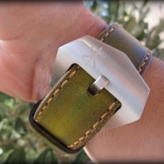 panerai 24 sur bracelet montre cuir canotage modèle aran