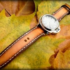panerai logo sur bracelet montre cuir canotage modèle ischia