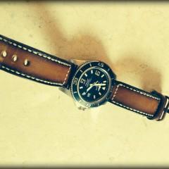 breitling super ocean sur bracelet montre cuir canotage modèle jersey