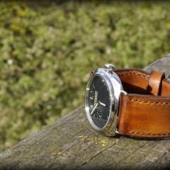 panerai 337 sur bracelet montre cuir canotage modèle orcade