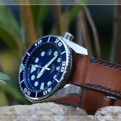 seiko sumo sur bracelet montre cuir canotage