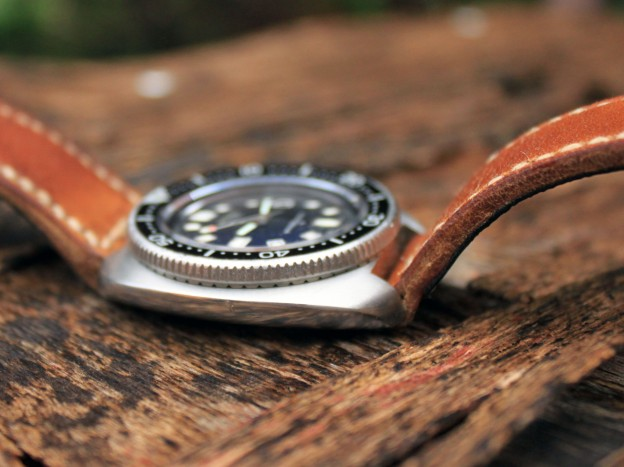 seiko 6105 sur bracelet montre cuir ammo
