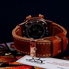 montre vostok dualtime sur bracelet montre cuir canotage modèle hunter