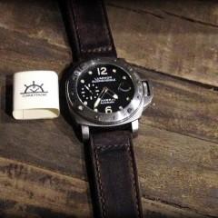 panerai 25 sur bracelet montre cuir canotage modele key largo
