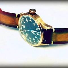 montre archimede pilot bronze sur bracelet montre cuir canotage modèle aran