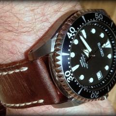 seiko shogun sur bracelet montre cuir ammo