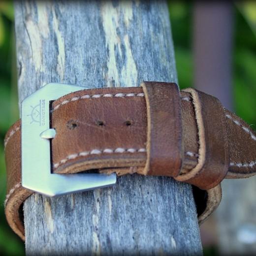 panerai 118 sur bracelet montre cuir canotage modele key west