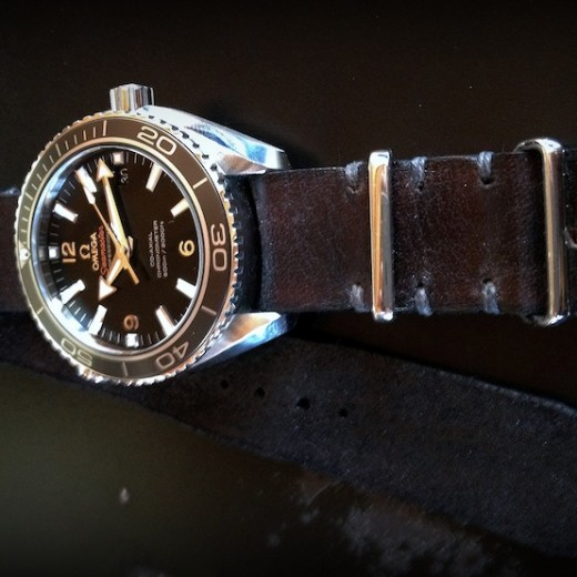 nato cuir canotage sur omega seamaster