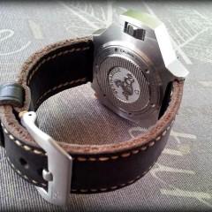 omega ploprof sur bracelet montre cuir key largo