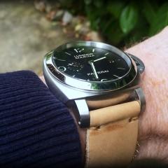 panerai sur bracelet montre cuir ammo