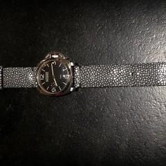 Panerai sur bracelet montre galuchat miyako