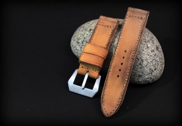 strap old ragged key