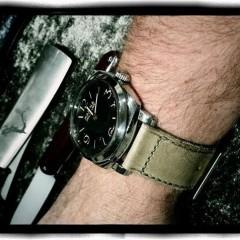panerai 587 sur bracelet montre old tottem key