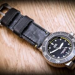 oris depht gauge sur bracelet montre craig key