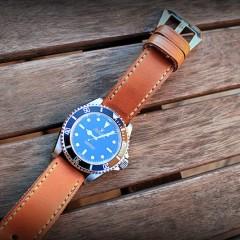 rolex 14060 M sur bracelet montre ammo suisse clair