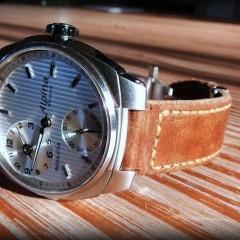 Alpina sur bracelet montre ammo suisse clair