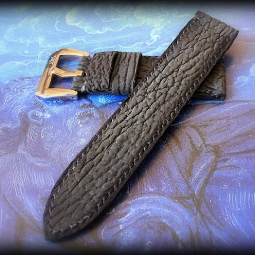 bracelet montre requin