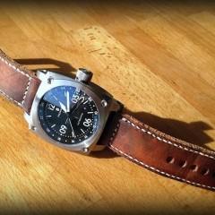 steinhart sur bracelet montre ammo vieilli