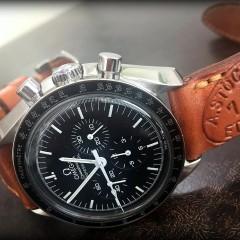 omega speedmaster sur bracelet montre ammo