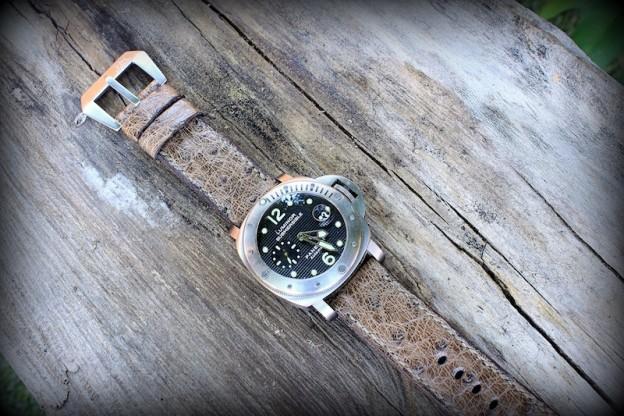 bracelet montre autruche zanzibar
