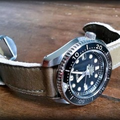 seiko marinemaster sur bracelet montre old tottem key