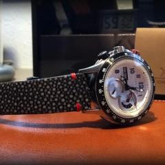 hamilton sur bracelet montre galuchat miyako
