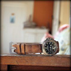 panerai 25 bracelet montre Lewis